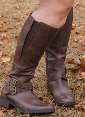 Your Guide To Women S Wide Calf Boots The Tall Girl S