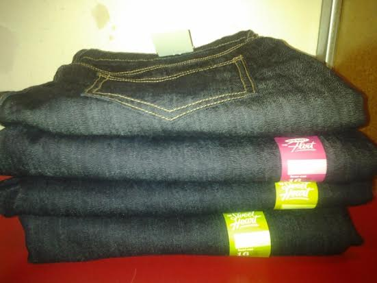 old-navy-long-jeans-pile